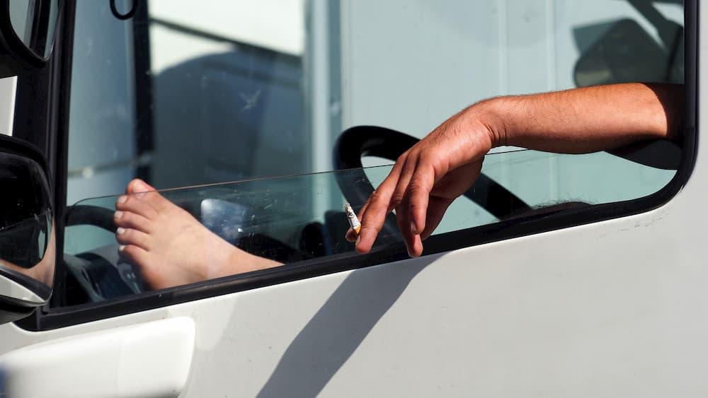 トラック運転手の彼氏と結婚するな!【致命的なリスク6選】